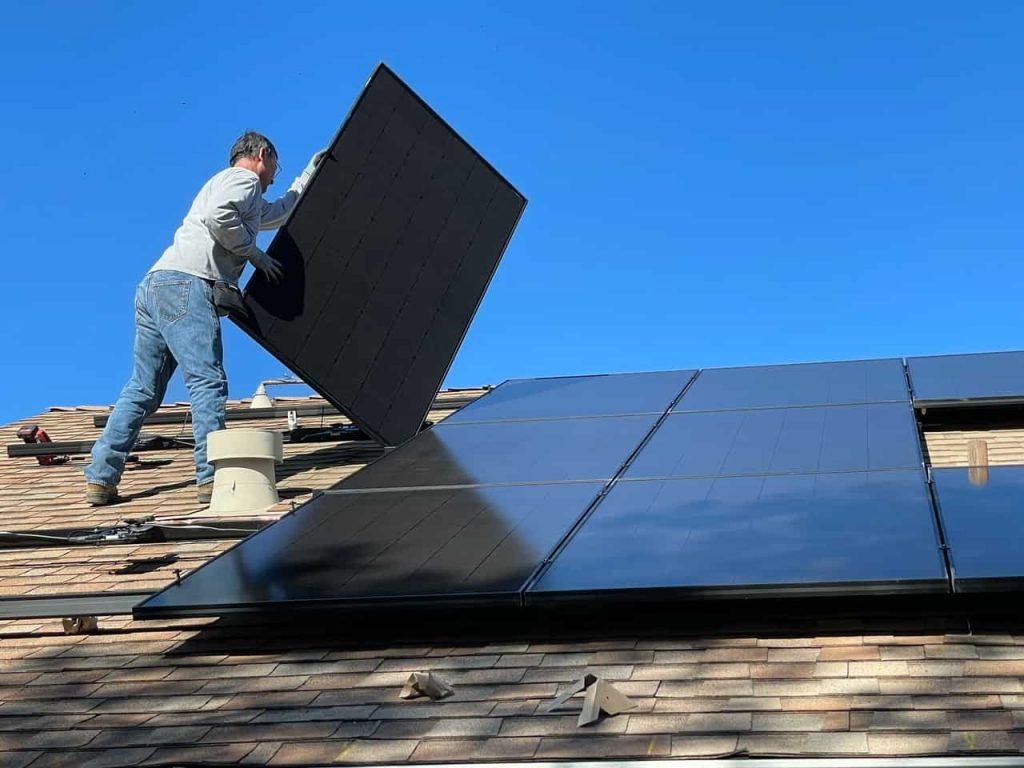 Instalacja fotowoltaiczna - paneli słonecznych